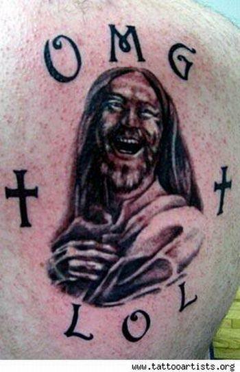 omg lol jesus tatuagem OMG!  Tatuagens WTF Jesus